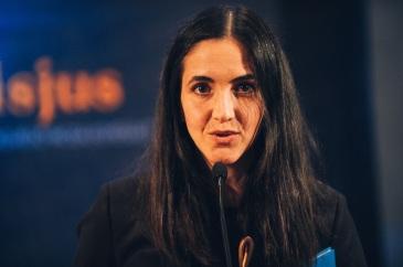 Az év szövegírója: Váczi Eszter, aki Karion c. daláért kapta az elismerést. A 2014 januárjában megjelent Belső tenger című album szövegeinek mindegyikét Váczi Eszter írta.