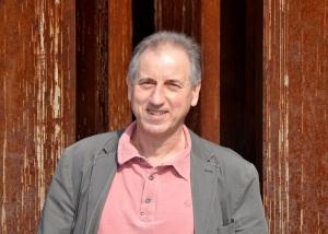 Fábri Péter író, dalszövegíró. Fotó: Képessy Bence